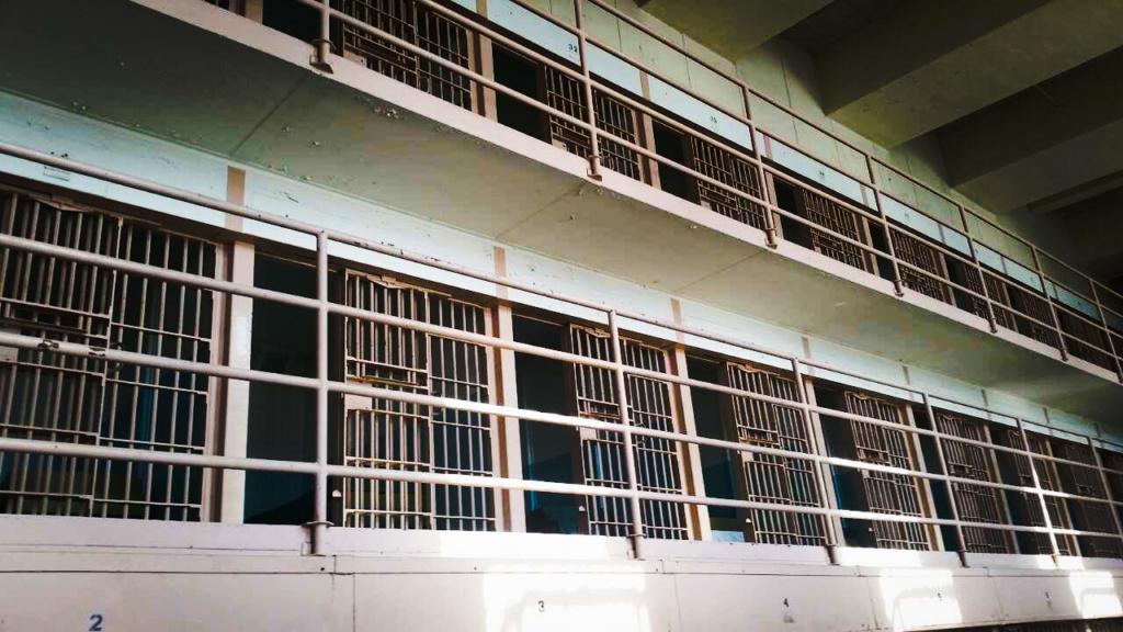 Alcatraz 9